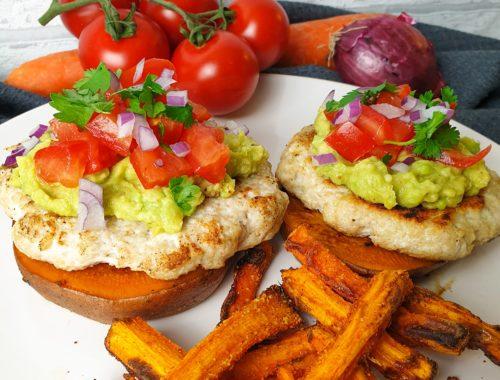 Süßkartoffelburger mit Guacamole
